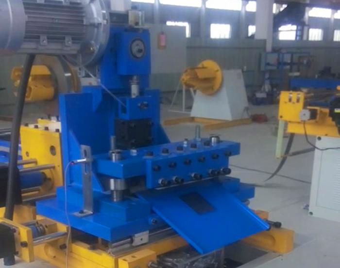 矽钢片数控横剪机的工作原理